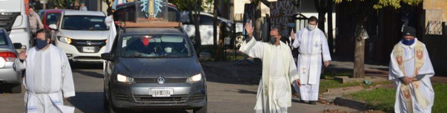 Los sacerdotes de Junín recorrieron las calles con María de Luján