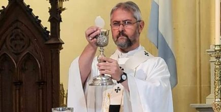 Misas por los enfermos y fallecidos de Covid y sus familias. Preside el Arzobispo
