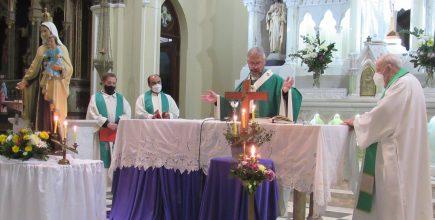Misa por los enfermos y fallecidos de Covid y sus familias en Lobos.