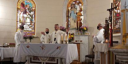 Misa por los enfermos y fallecidos de Covid y sus familias en Alberdi.