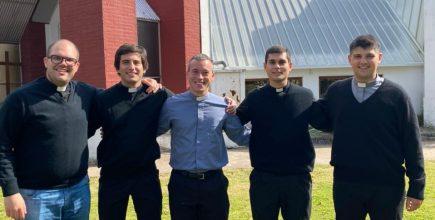 Cinco seminaristas fueron admitidos a las sagradas órdenes