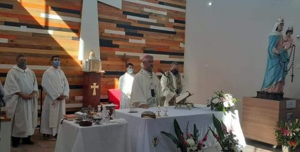 Entronización de la imagen réplica de María del Rosario de San Nicolás en Junín